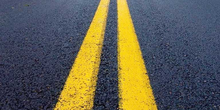 Highway markings - Double Yellow Lines