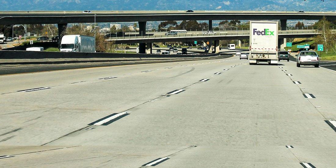 Interstate - Image by Egor Shitikov